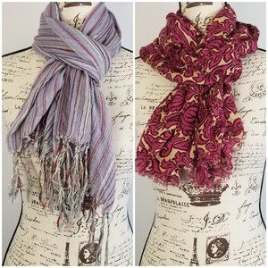 🐧Bundle of 2 Scarves Floral and Striped